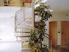 Fertigung und Montage einer Treppe mit Geländer komplette Ausführung in Edelstahl